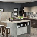 Kuchenne trendy: 4 pomysły na otwarte półki w kuchni